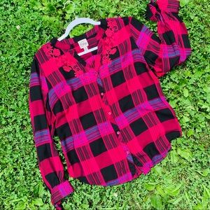Floral Embroidered Plaid Top